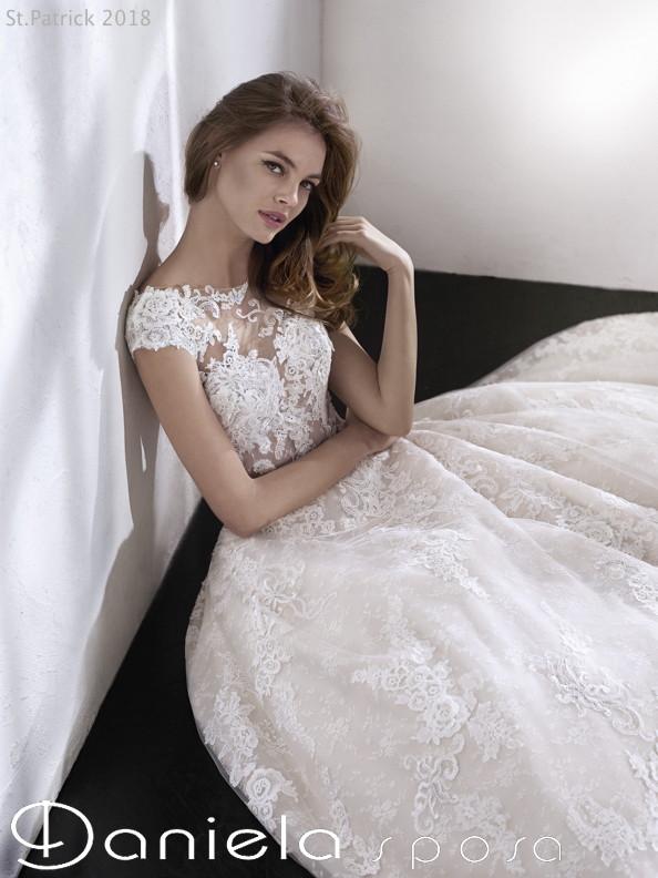 72838e49895b Abiti da sposa da principessa del 2018 - Danielasposa