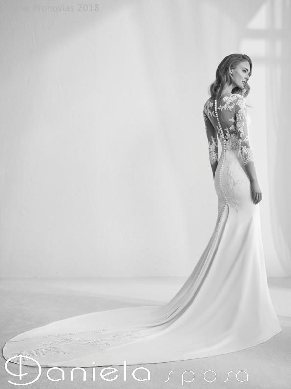 quality design 2031c b2897 RAGAZZA-C - Abiti da sposa Mirano | Vestiti sposa Venezia ...