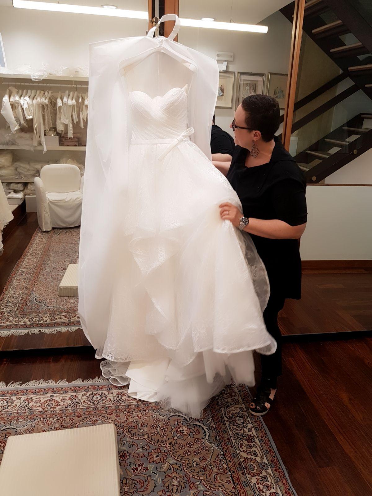 a5fb95772cba WhatsApp Image 2018-05-11 at 12.28.24 (1) - Abiti da sposa Mirano ...